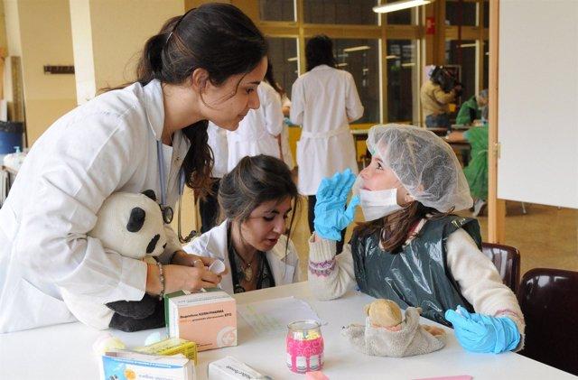 Niños Y Medicina
