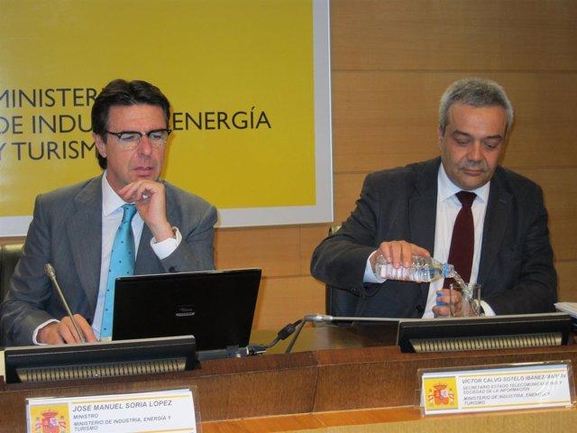 José Manuel Soria y Víctor Calvo Sotelo en la presentación de la Agenda Digital