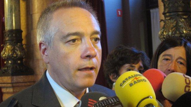 El Líder Del PSC, Pere Navarro, En El Parlament