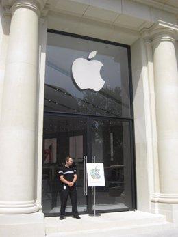 Apple Store De Barcelona En Paseo De Gracia, Puerta Principal