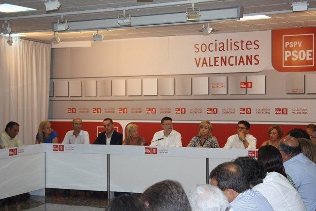 Miembros De La Junta Del PSOE