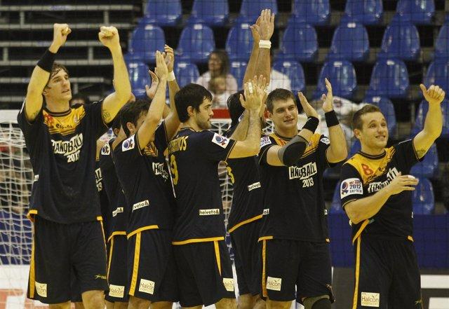España De Balonmano Celebra El Billete A Los Juegos