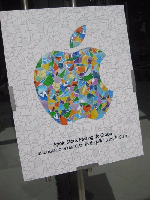 Logotipo Apple Store De Barcelona En Paseo De Gracia
