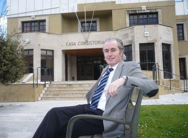 Alcalde de Arnuero, José Manuel Igual