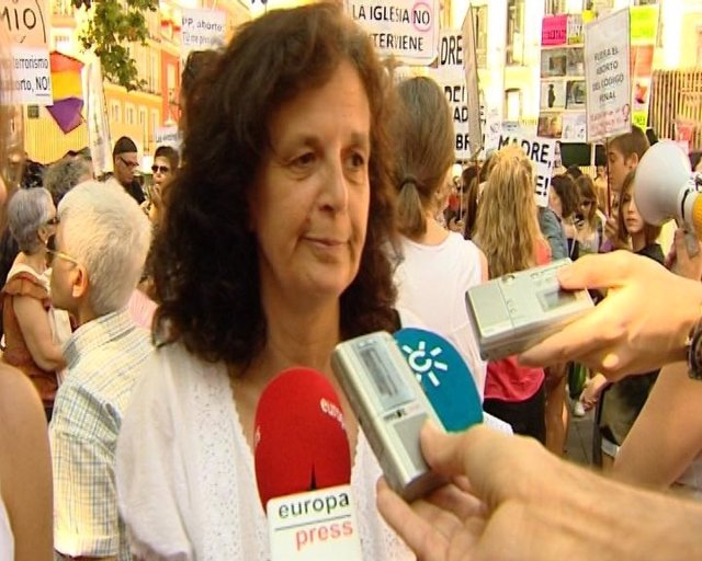 Concentración defensoras aborto en Madrid