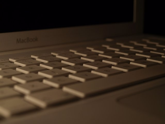 Macbook oscuro