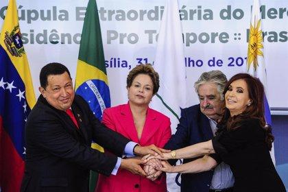 """Chávez afirma que con el ingreso de Venezuela en el Mercosur comienzan """"cambios históricos"""" en la región"""