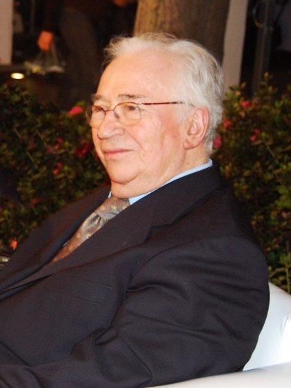 El Gobierno de España concede la nacionalidad española al expresidente colombiano Belisario Betancur