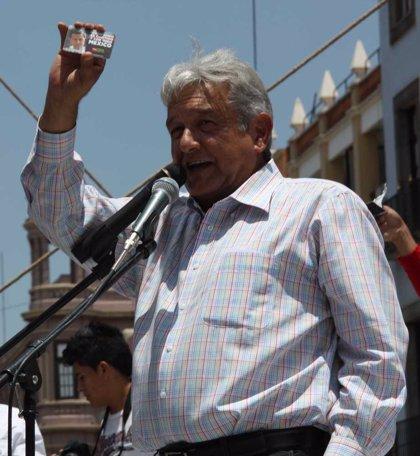 López Obrador deja claro que no negociará con el PRI y que sólo aceptará la invalidación de las elecciones