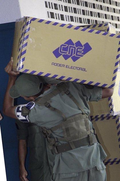 Venezuela.- Dos diputados españoles viajan a Venezuela para conocer el sistema electoral