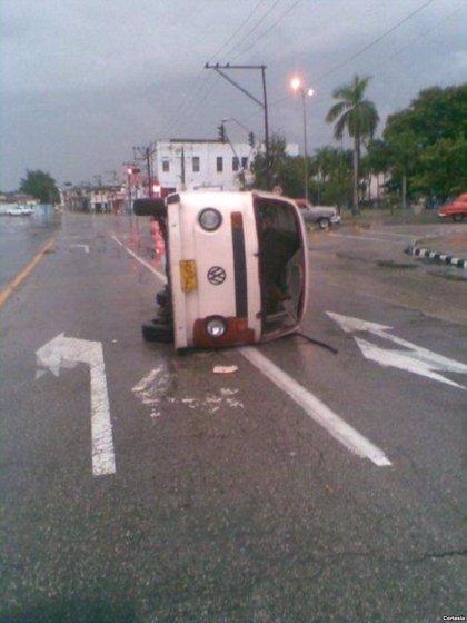 """Cuba.- Oswaldo Payá denunció en 2008 que su vehículo había sido blanco de un """"sabotaje"""""""