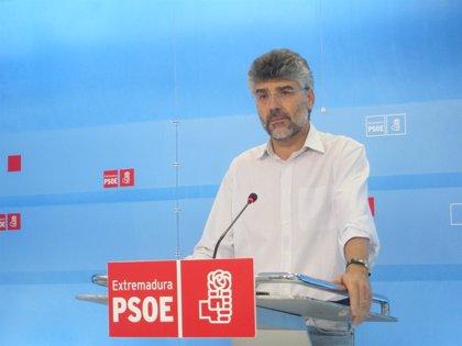 """PSOE exige a Carrón que """"abandone la prepotencia"""" e inicie la """"senda del diálogo"""" con el sector sanitario"""