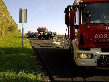 Ante un accidente de tráfico hay que proteger, alertar y socorrer a los heridos para evitar lesiones graves