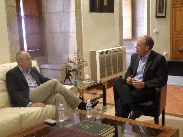 Reunión entre José Antonio Monago y Alfonso Pantoja