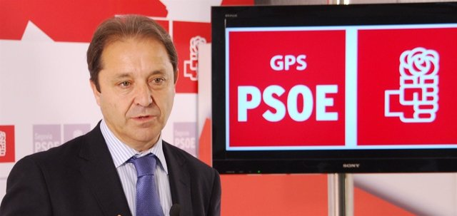 El diputado socialista Juan Luis Gordo