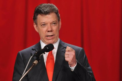 Santos podría anunciar en menos de cinco meses si aspirará o no a la reelección