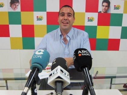 """IU critica al alcalde por """"intentar confundir"""" a la ciudadanía con la """"acción reivindicativa"""" del supermercado"""