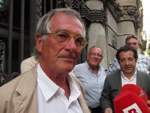 El alcalde de Barcelona, Xavier Trias, antes de visitar la Fiesta de Sants