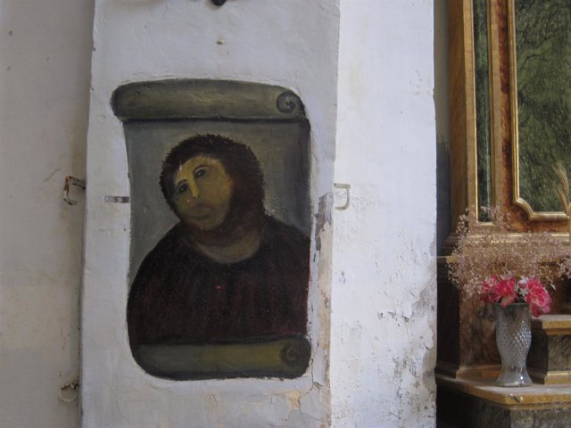 Pintura mural del Ecce Homo, en el Santuario de la Misericordia