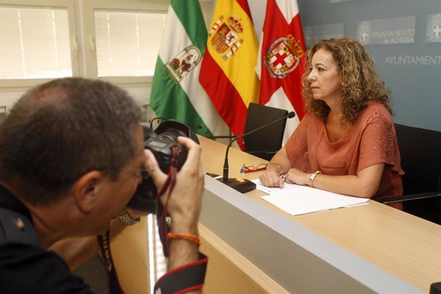 De Haro, En La Rueda De Prensa Para Hacer Balance De La Feria 2012