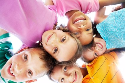Enseñar a los niños el optimismo y la alegría
