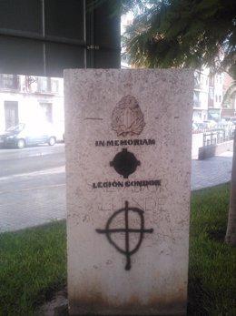 Pintada De La Legión Cóndor En El Monumento A Allende