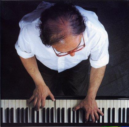 Afinar un piano puede provocar cambios estructurales momentáneos en el cerebro