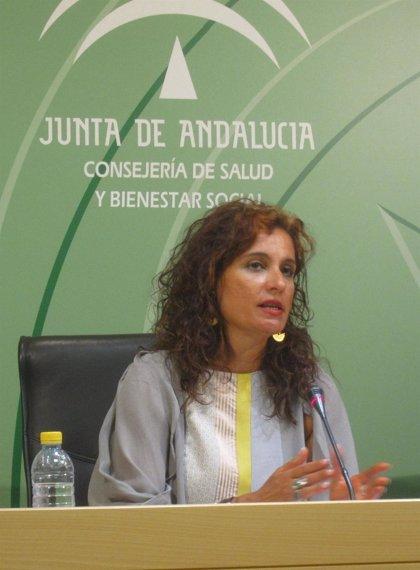 """Andalucía seguirá aplicando """"exactamente el mismo"""" protocolo de asistencia a inmigrantes a partir del sábado"""