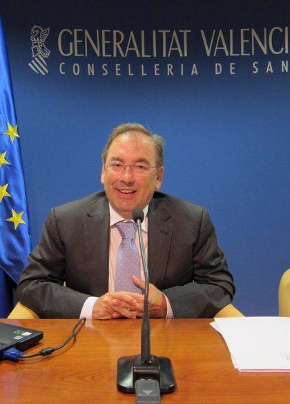 Comunidad Valenciana seguirá atendiendo de la misma forma a los 30.000 'sin papeles' aunque no puedan pagar la factura