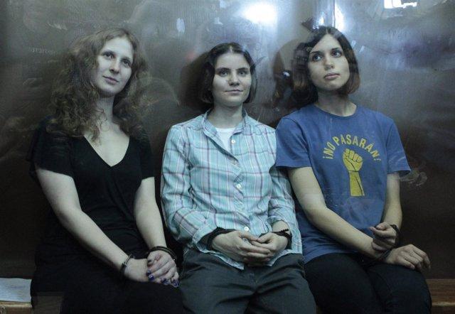 Integrantes del grupo musical punk Pussy Riot