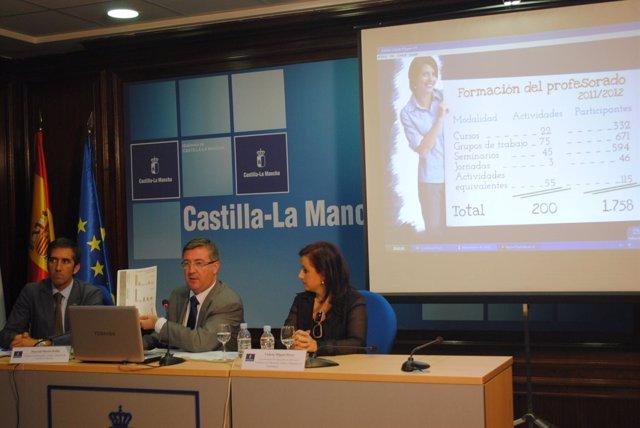Marín durante la rueda de prensa que ha ofrecido en Guadalajara