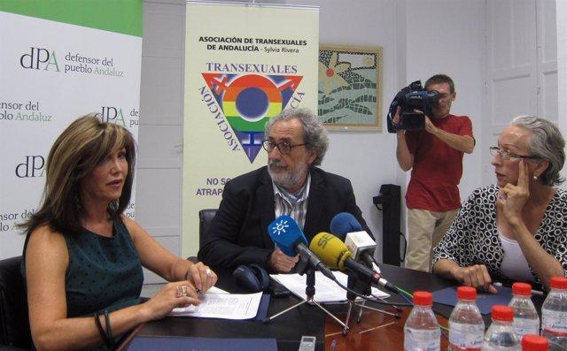 Mar Cambrollé Y José Chamizo Durante La Presentación Del Estudio