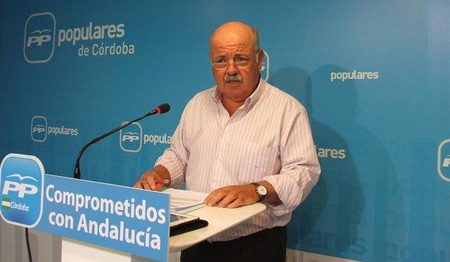 Jesús Aguirre (PP) en la rueda de prensa