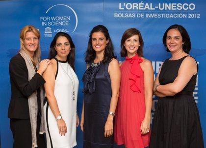 L'Oréal-Unesco entrega en Sevilla sus becas a 5 jóvenes científicas españolas
