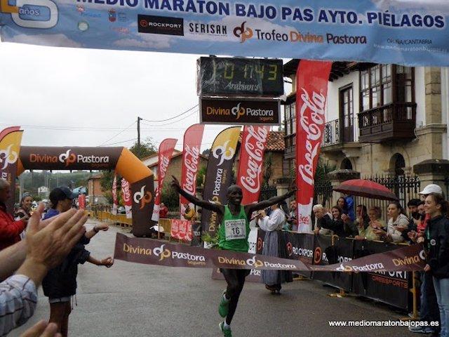 Media maratón bajo pas