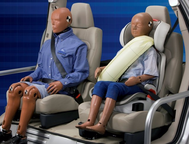 Ford Cinturón Hinchable Trasero