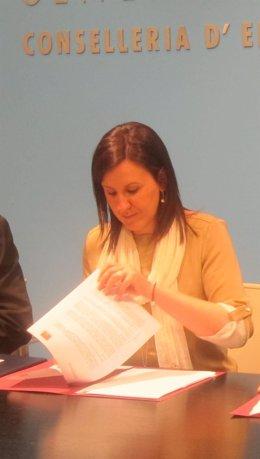 María José Catalá, Consellera De Educación