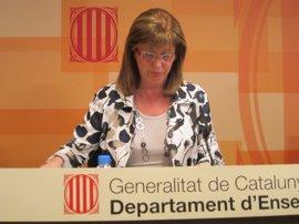 """La consellera catalana de Educación considera que las palabras de Monago son """"un desacierto que incrementan el disgusto"""""""