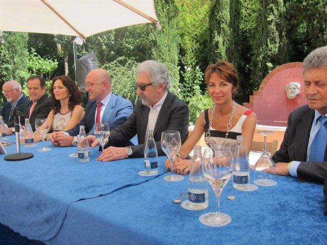 Silvia Marsó Y José Sacristán En Valladolid