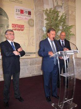 De Izq. A Drcha., Juan Casado, Juan José Mateos Y Fernando Sánchez-Pascuala