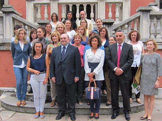 El Alcalde De Oviedo En La Clausura Del Taller De Empleo Re-Concilia III