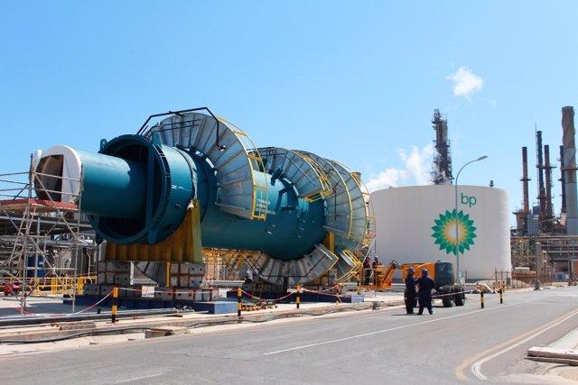 Refinería De BP Oil En Castellón.