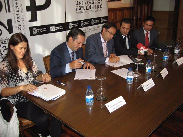 El Ayuntamiento de Palencia y Repsol firman un convenio de colaboración