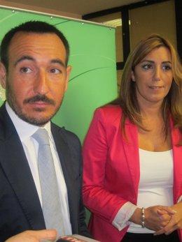 La Consejera De La Presidencia Junto Al Delegado Del Gobierno En Cádiz