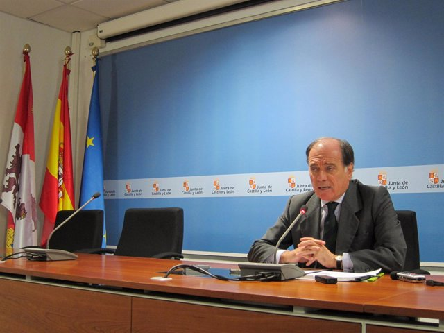 El consejero de Economía tras la reunión con responsables de Nuclenor