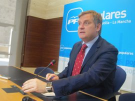 PP cree que el informe del Síndico indica que los cambios introducidos por Cospedal eran necesarios