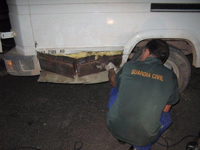 Intervención de hachís en el Puerto de Almería