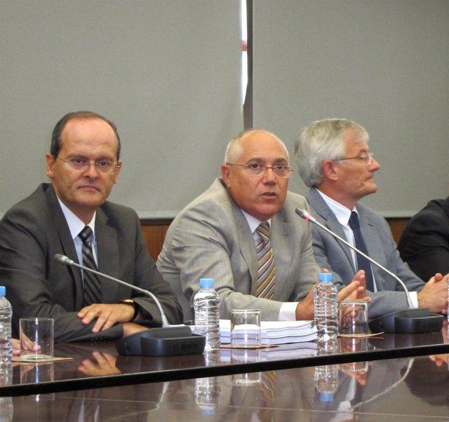 El Rector De La UPV, Juan Juliá, En Un Momento De La Rueda De Prensa.