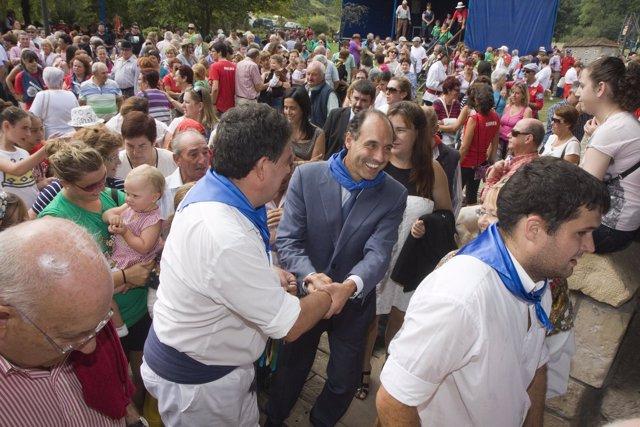 Diego asiste a 'El Mozucu'