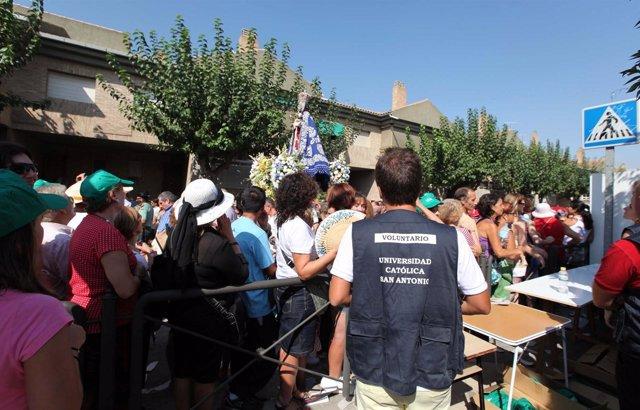 Voluntarios de la UCAM en al Romería